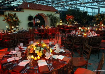 Table setting in the Botanical Center